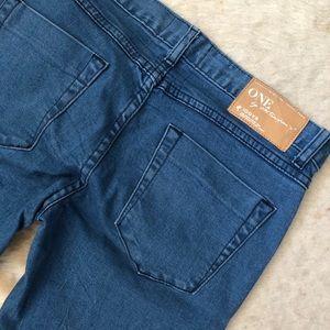 One Teaspoon Knee Rip Skinny Jeans